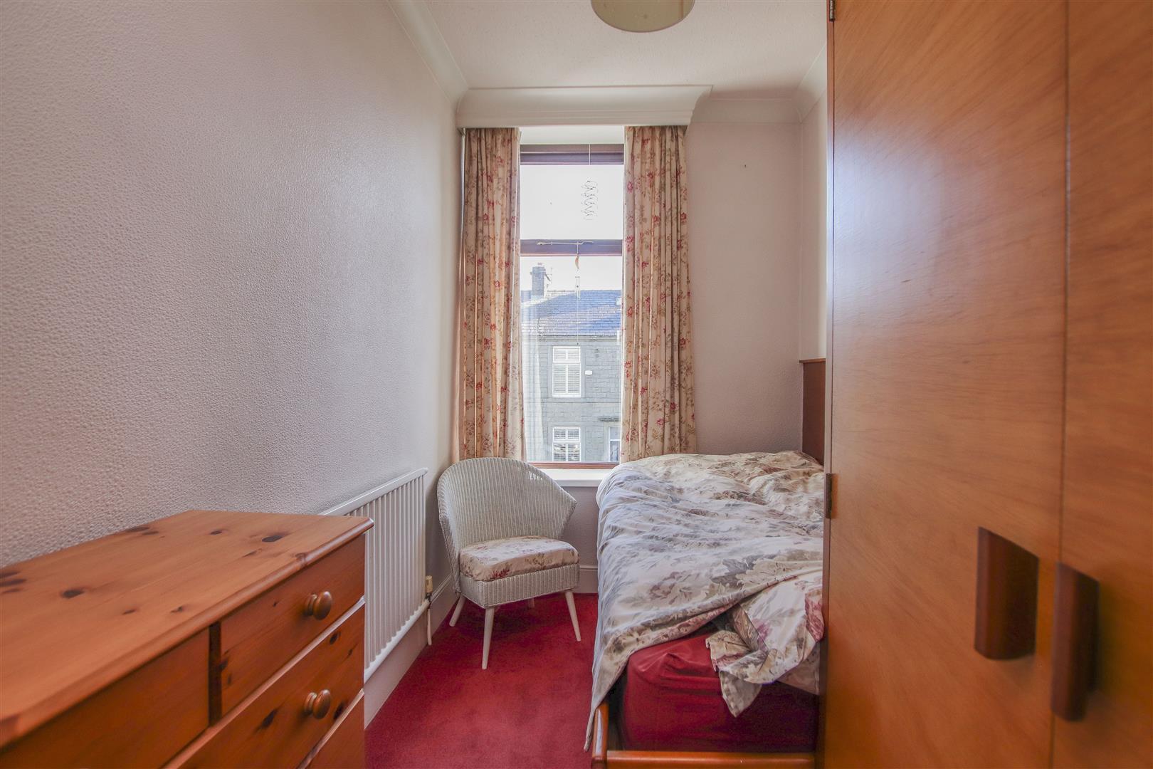 3 Bedroom End Terrace House For Sale - 14.JPG